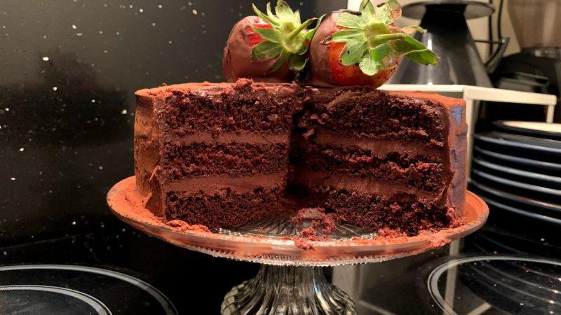 Bolo Trufado de Chocolate – Devils Cake